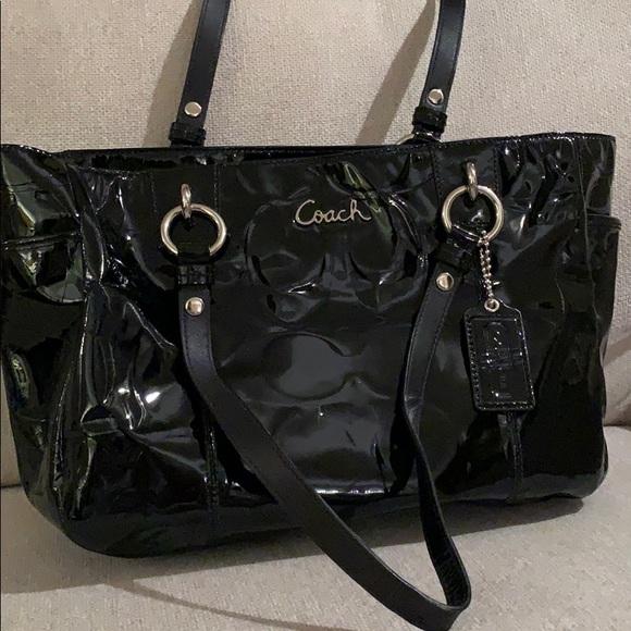 Coach Handbags - Coach Patent Leather Purse